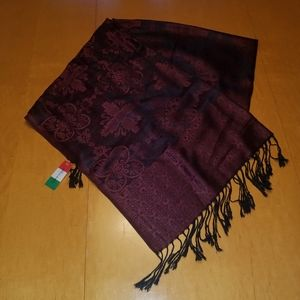 Gionto accessories 100% Pashmina scarf. Approximat